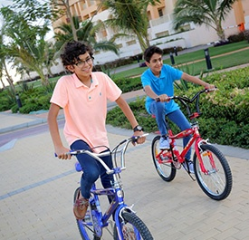 مسار الدراجات بممشى شاطئ البيلسان - مدينة الملك عبد الله الاقتصادية
