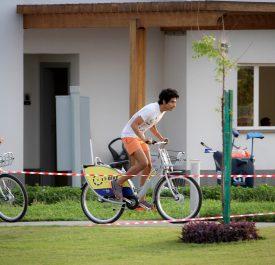 KAEC Visitors Riding iBike