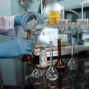 سانوفي لإنتاج الأدوية في الوادي الصناعي في مدينة الملك عبد الله الاقتصادية