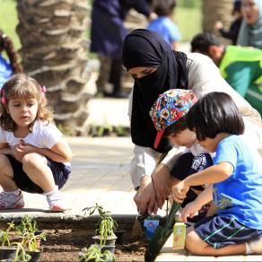 مجتمعات مدينة الملك عبد الله الاقتصادية الحيوية، فرص تعزيز الأولاد وتنميتهم بشكل سليم