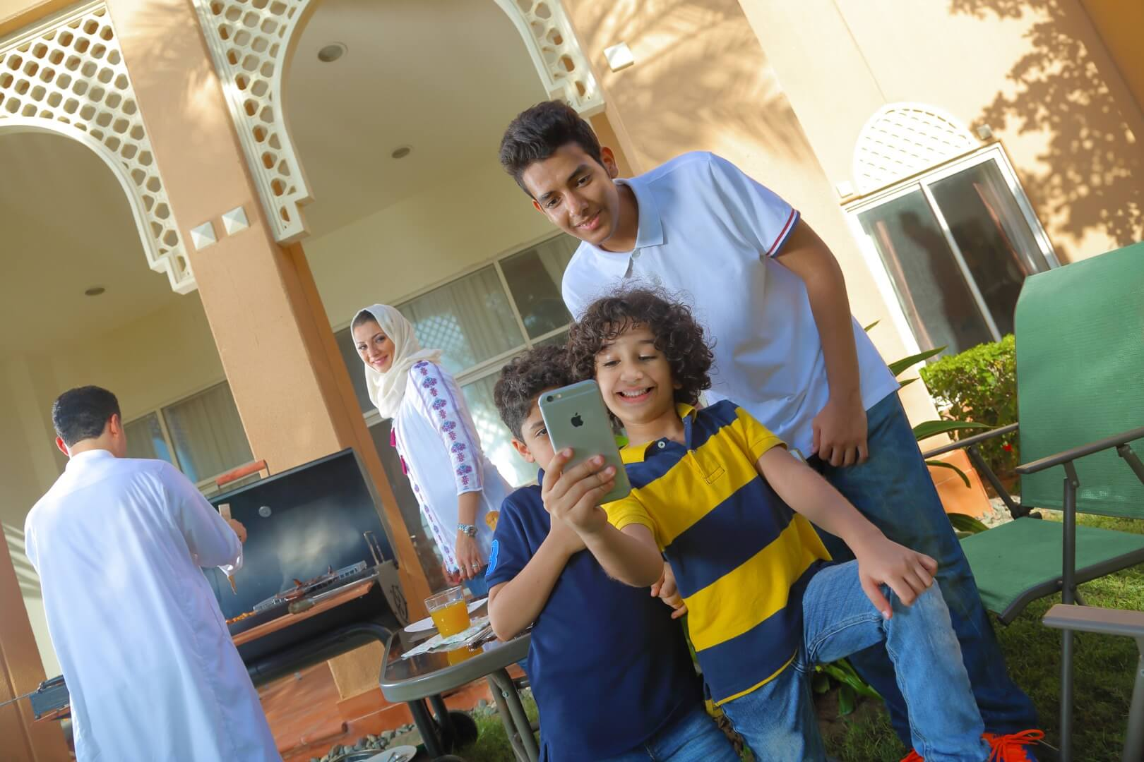 تجمع عائلي بفيلا التالة جاردن  - مدينة الملك عبد الله الاقتصادية