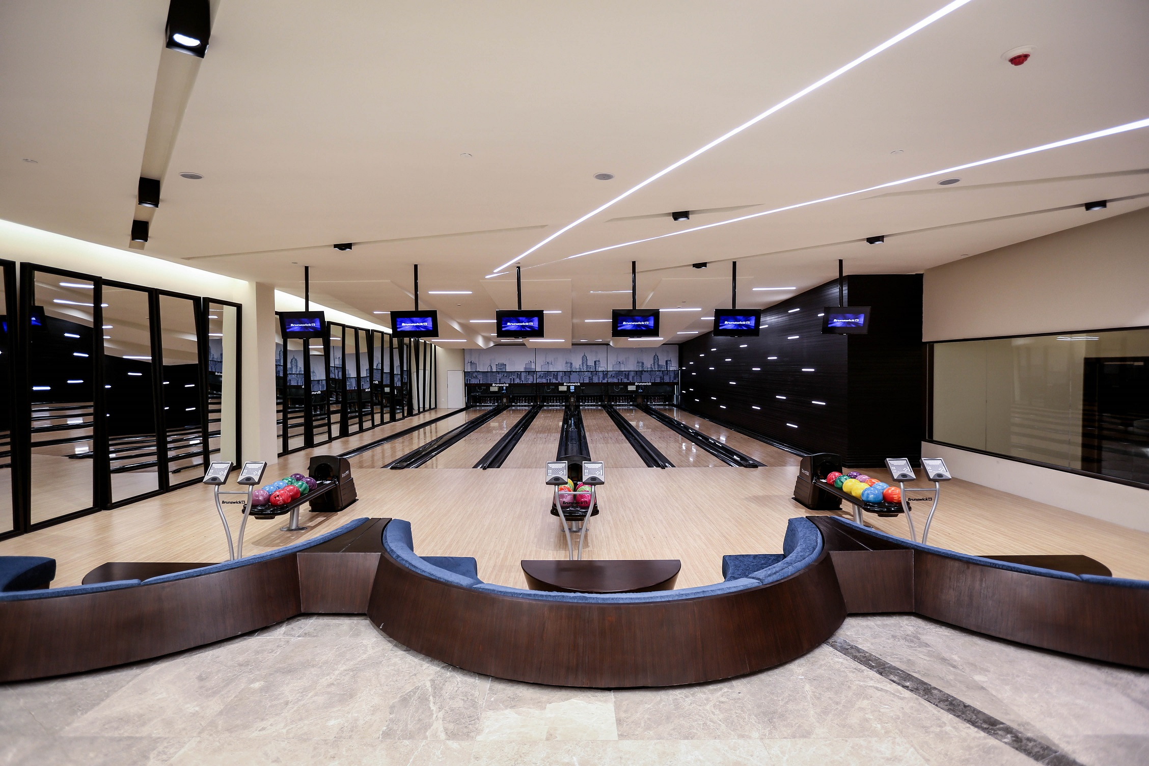 Bay La Sun Bowling Center